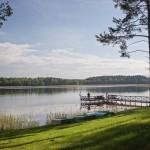 Poilsis nameliuse prie ežero suteikia galimybe praleisti romantiška savaitgali dviese. Gamtoje nieko nera geriau už žvejyba.